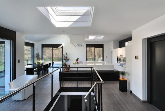6-Dachglass-Leistungen-Grossfenster